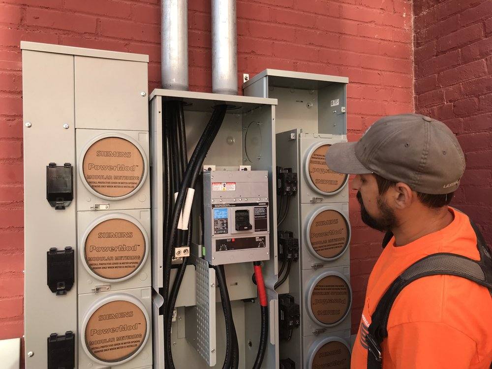 Laven Electric: 836 Spruce St, Leavenworth, KS