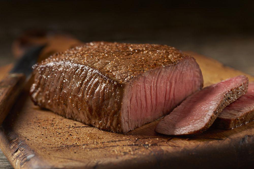 Outback Steakhouse: 15765 Eureka Rd, Southgate, MI