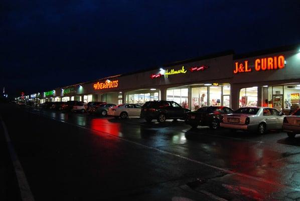 Find Restaurants Near Valley View Mall