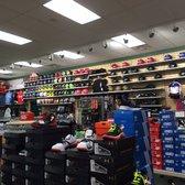 buy online da655 3856e Photo of Hibbett Sports - Kosciusko, MS, United States