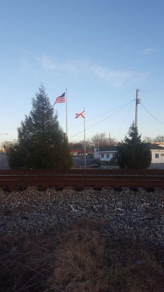 Alabama Historical Marker: 26446 Main St, Ardmore, TN