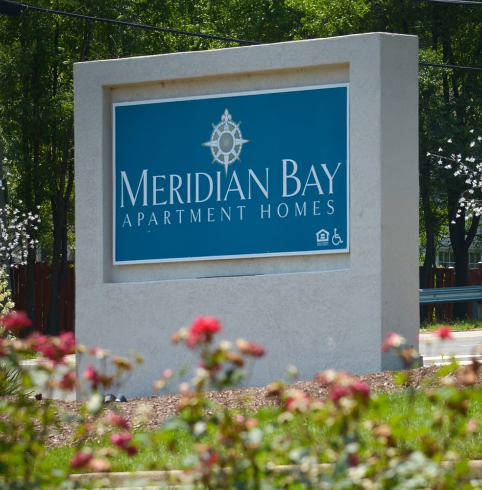 2900 Place Apartments: Meridian Bay Apartments
