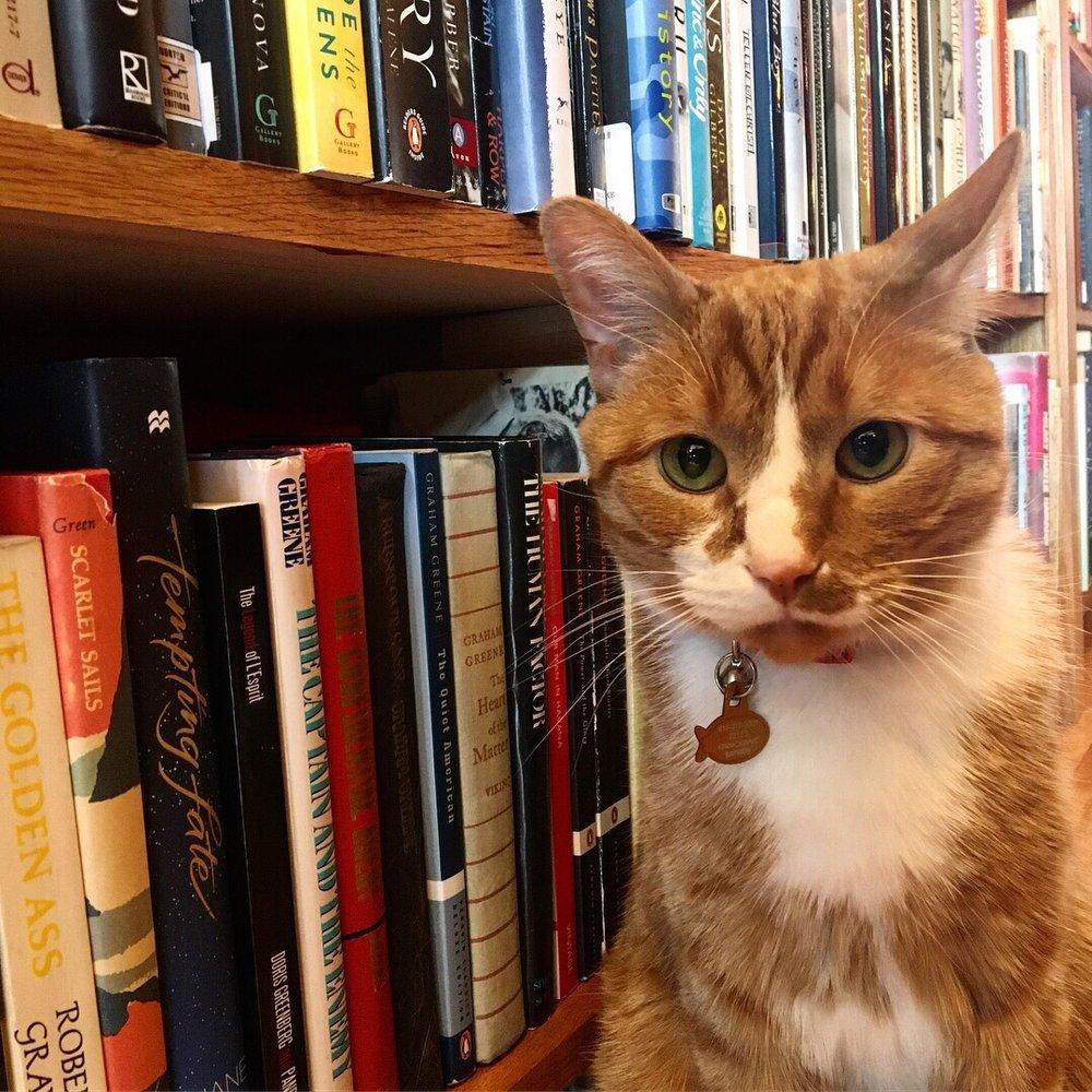 Voyageur Book Shop