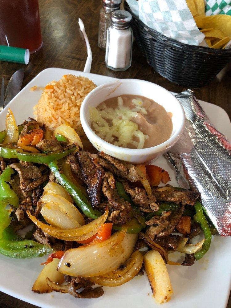 Ernestos Mexican Cuisine: 117 E Main St, La Grange, KY
