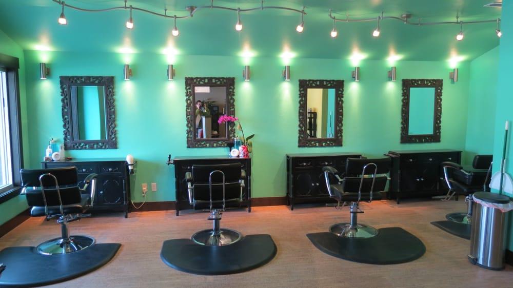Nuvo Salon: 520 1st Ave W, Columbia Falls, MT