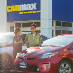 Carmax 48 Photos 73 Reviews Used Car Dealers 121 Frontage Rd
