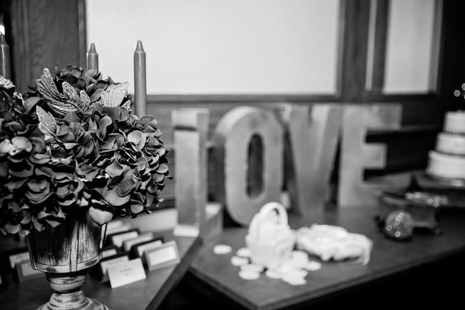 Wedding Chix Rentals LLC: 5600 Pioneer Creek Dr, Maple Plain, MN