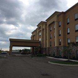 2 Hampton Inn And Suites Sandusky Milan