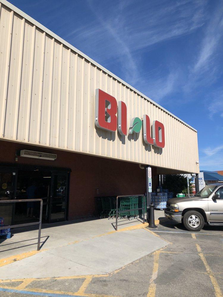 Bi-Lo: 104 Jungle Rd, Edisto Island, SC
