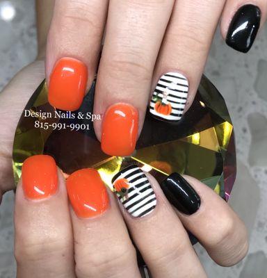 Design Nails Spa 355 W State St Ste 101 Sycamore Il Manicurists