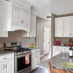 Charmant Photo Of US Stone Outlet Cabinets U0026 Countertops Of New Orleans   New  Orleans, LA