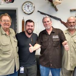 Barber Shop Fresno : Photo of Hi Life Barber Shop - Fresno, CA, United States by Tom T.