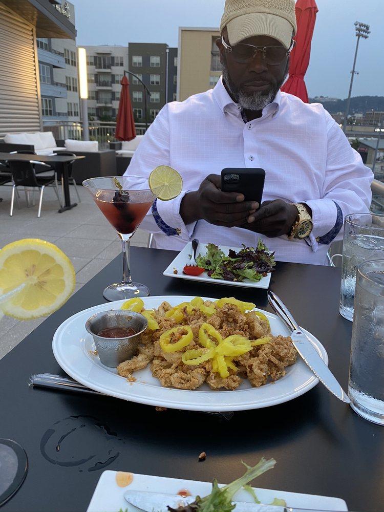 Michael's Restaurant: 1525 1st Ave S, Birmingham, AL
