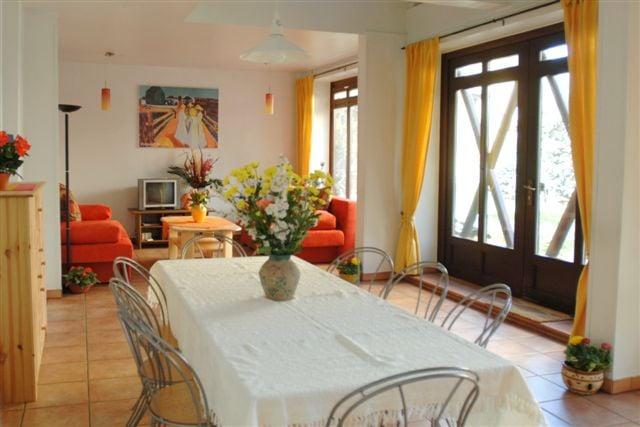 ferienwohnung galerie remise 12 fotos alojamentos tur sticos aluguel por temporada. Black Bedroom Furniture Sets. Home Design Ideas