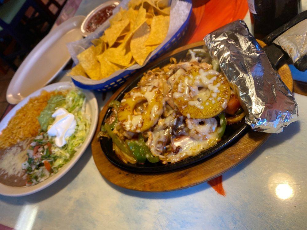 Los Potrillo Mexican Restaurant: 3014 N Frontage Rd, Jennings, LA