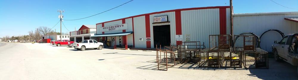 Bradberry's Best - Livestock Feed & Supply - 621 S Patrick