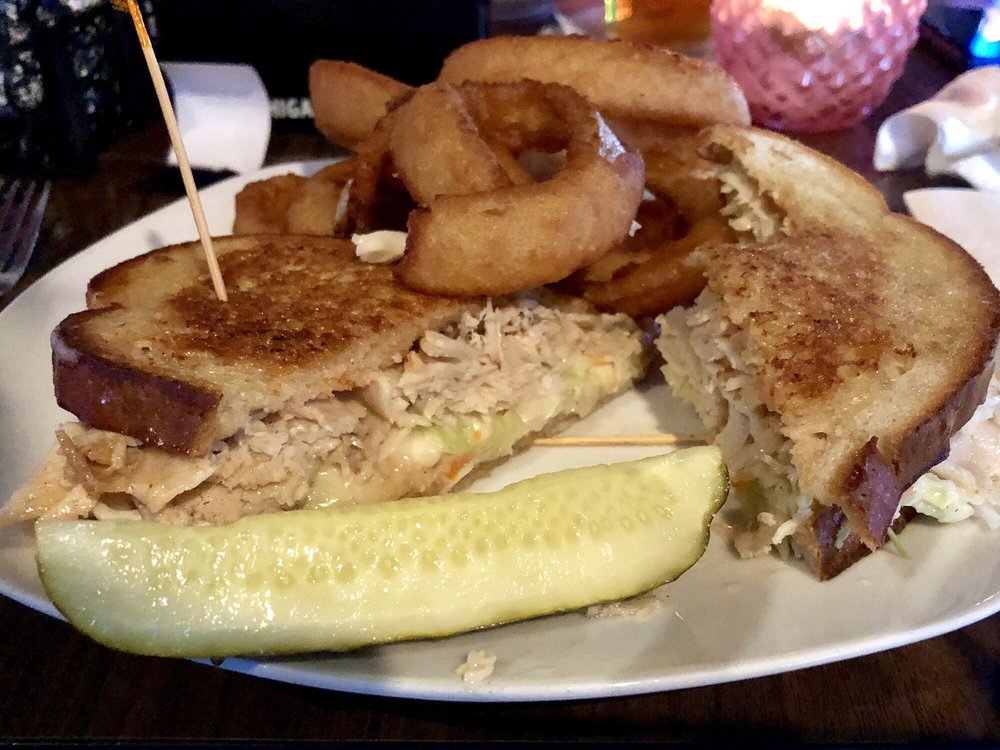 Betty Jane's Bar & Grill: 13791 E 13 Mile Rd, Warren, MI