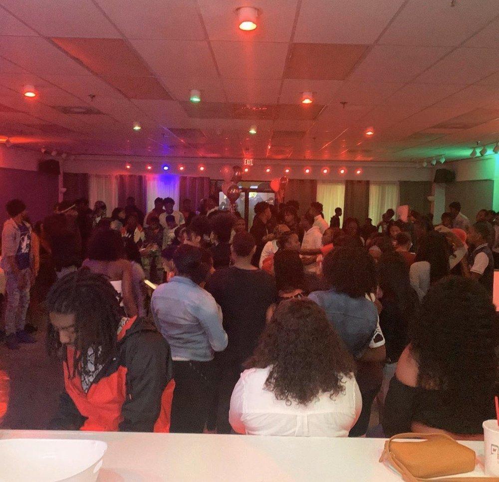 Indulge Lounge: 5959 Winchester Rd, Memphis, TN