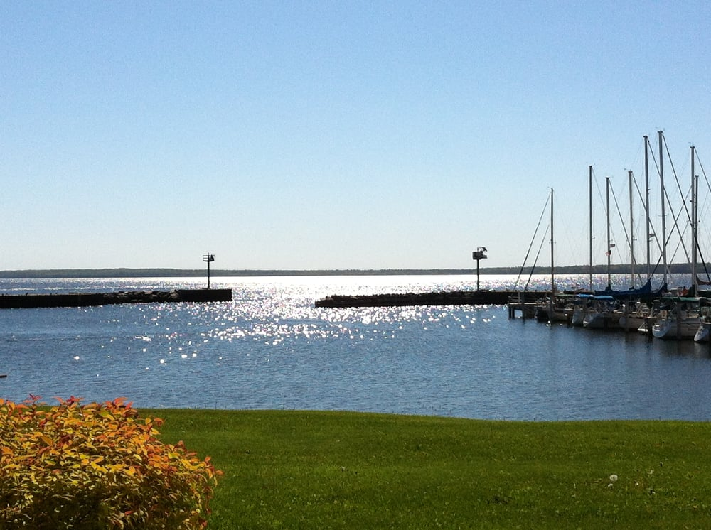 Bayfield On the Lake: 117 S 1st, Bayfield, WI