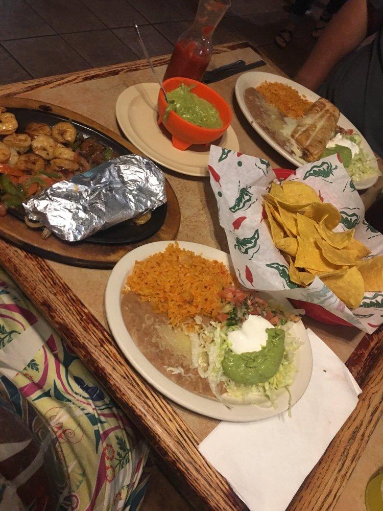 El Charro Mexican Restaurant: 902 E Industrial Rd, Henryetta, OK