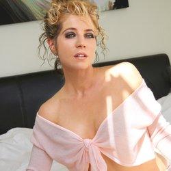 erotic escort tantric massage pictures