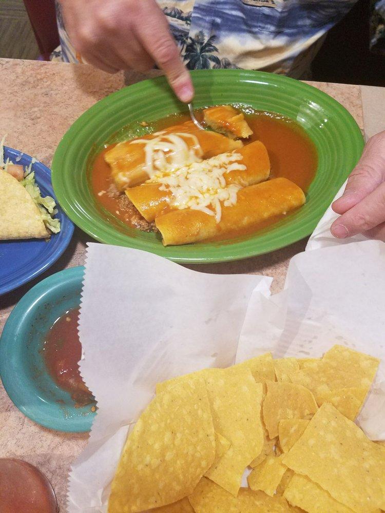 Los Dos Potros Mexican Restaurant: 4700 Hardy St, Hattiesburg, MS