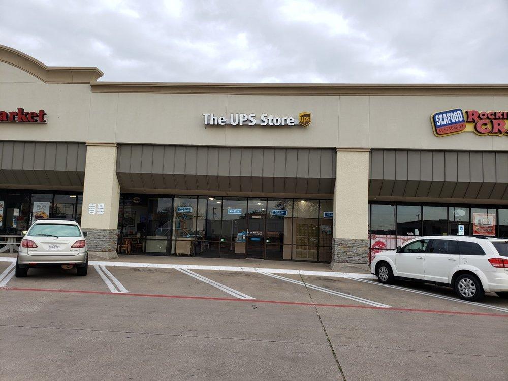 The UPS Store: 785 W Wheatland Road, Duncanville, TX