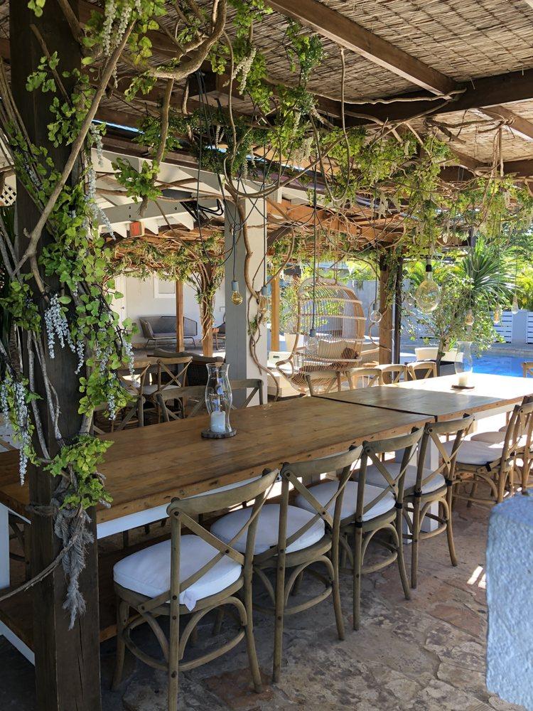 Villa Montana Beach Resort: Carr. 4466 Km 1.9, Isabela, PR