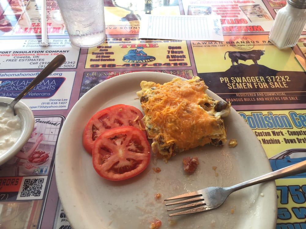 Steak & Eggs: 908 E 6th St, Okmulgee, OK
