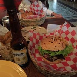 La boqueria 10 photos 18 reviews burgers av la for Ahora mexican cuisine
