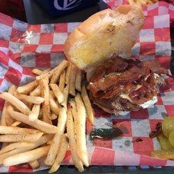 Apes Bar Grill 11 Reviews Sports Bars 518 4th St Algoma