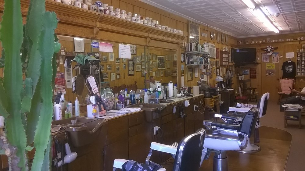 Mickey's Barbers Styling: 314 Main St, Avon by the Sea, NJ