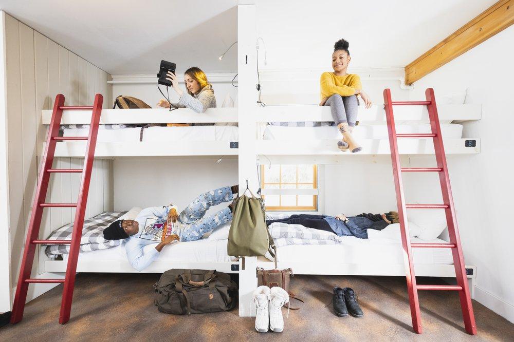 Homestyle Hostel Inn: 119 Main St, Ludlow, VT