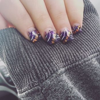 nail tek and spa  nail and manicure trends