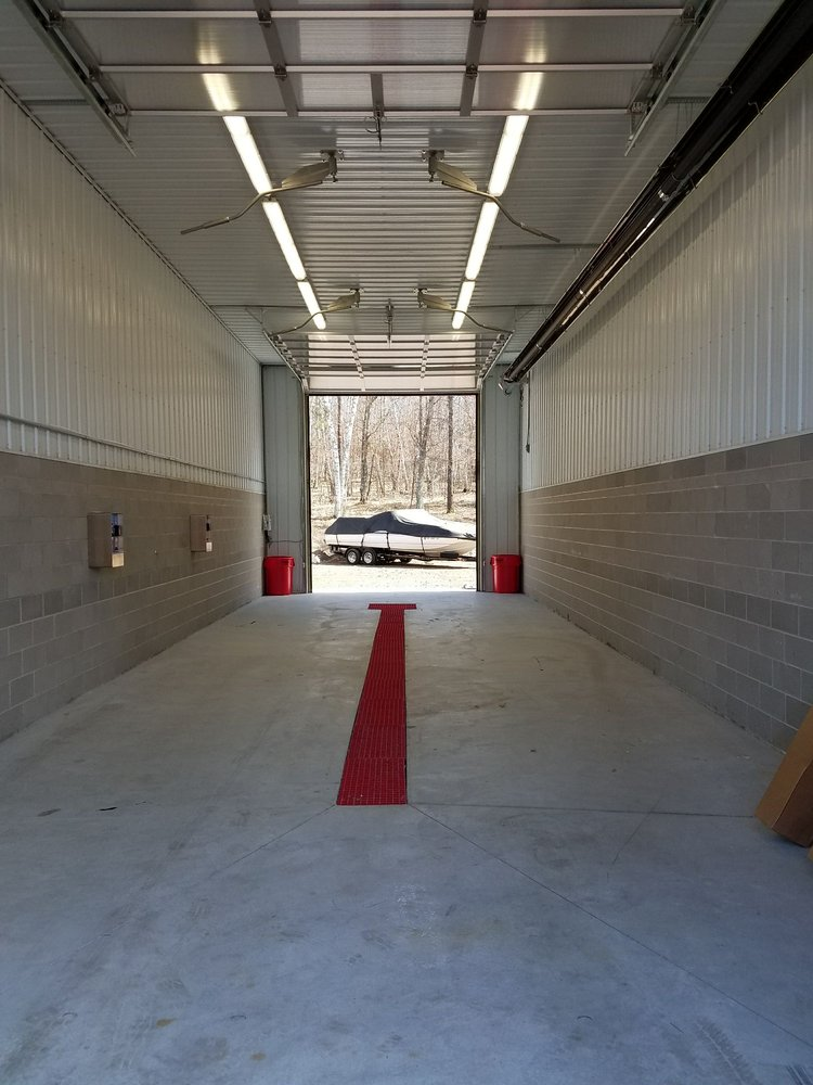 Crosslake Car Wash & Detail Center: 35724 County Rd 3, Crosslake, MN