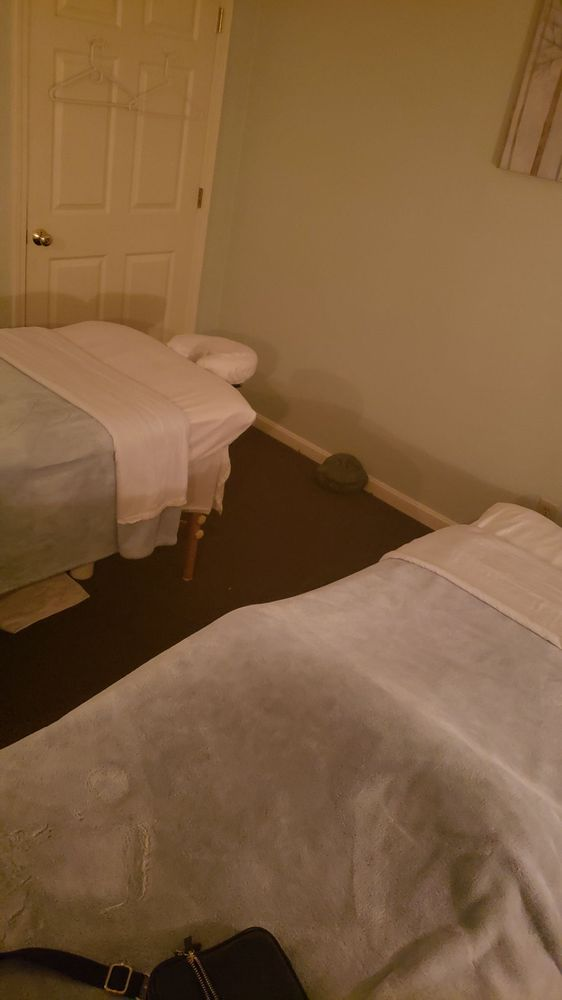 A Therapeutic Touch: 3640 Brownsboro Rd, Louisville, KY