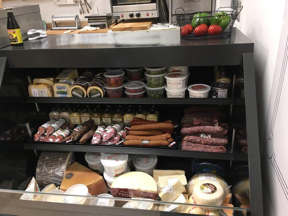 LoSchiavo's Italian Market: 14361 Hwy 17, Hampstead, NC