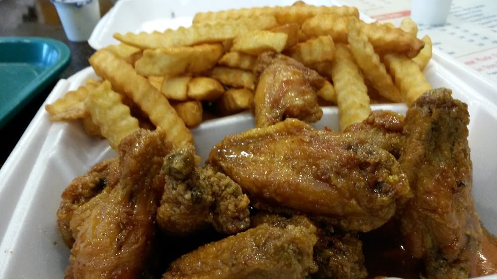 Deli Seafood: 5084 Old National Hwy, Atlanta, GA