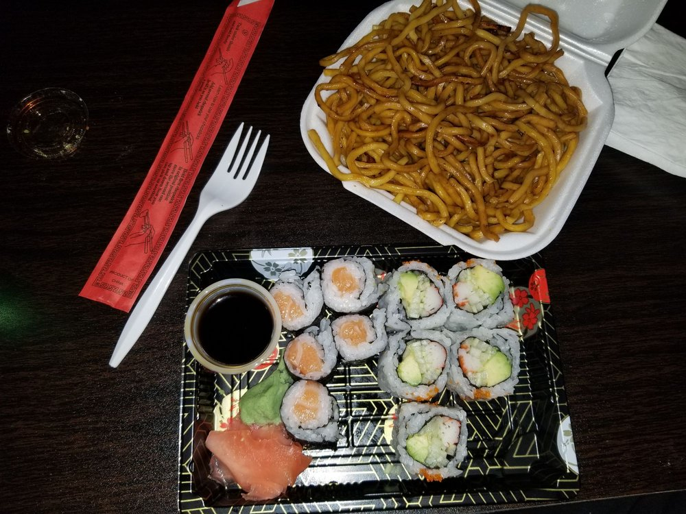 Food from Tokyo Grill