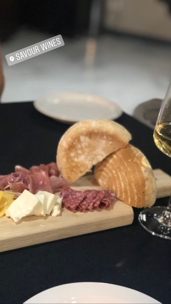 Savour Wine Lounge: 5222 Doniphan Dr, El Paso, TX
