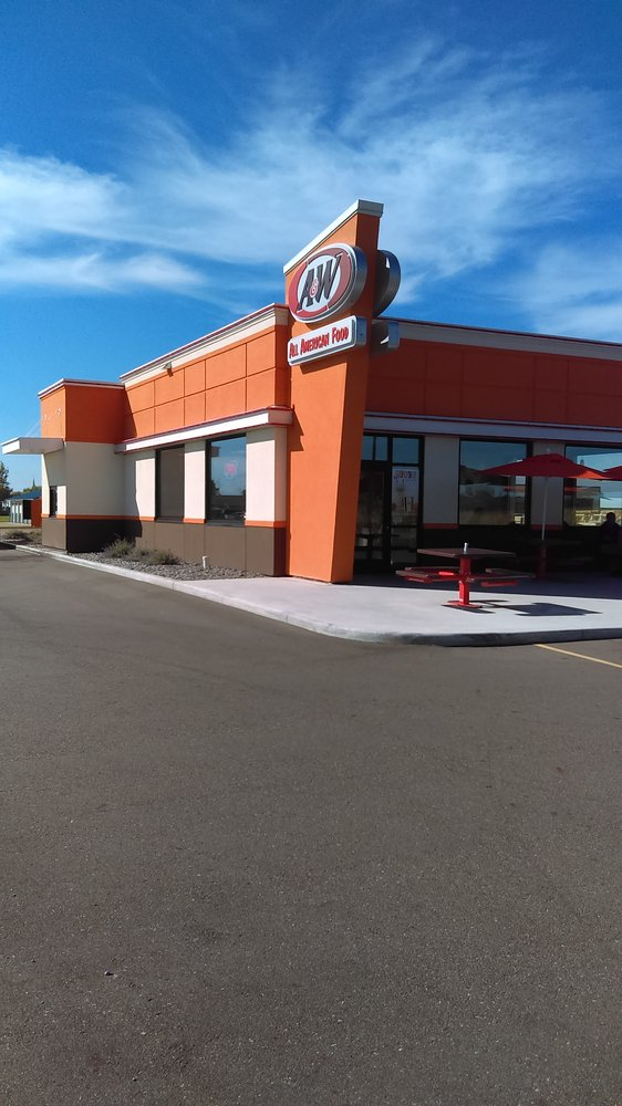 A&W Restaurant: 780 1st St Se Box 72, Richmond, MN