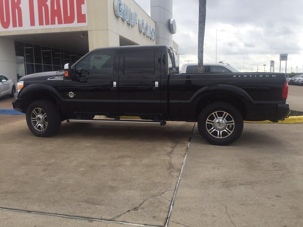 Gulf Coast Ford: 3000 N 288th Fwy, Angleton, TX