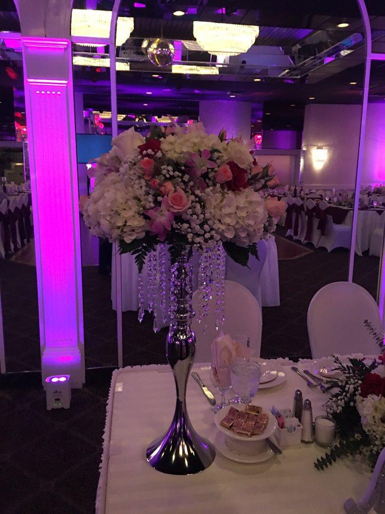 Imperial Florist: 776 Merrick Rd, Baldwin, NY
