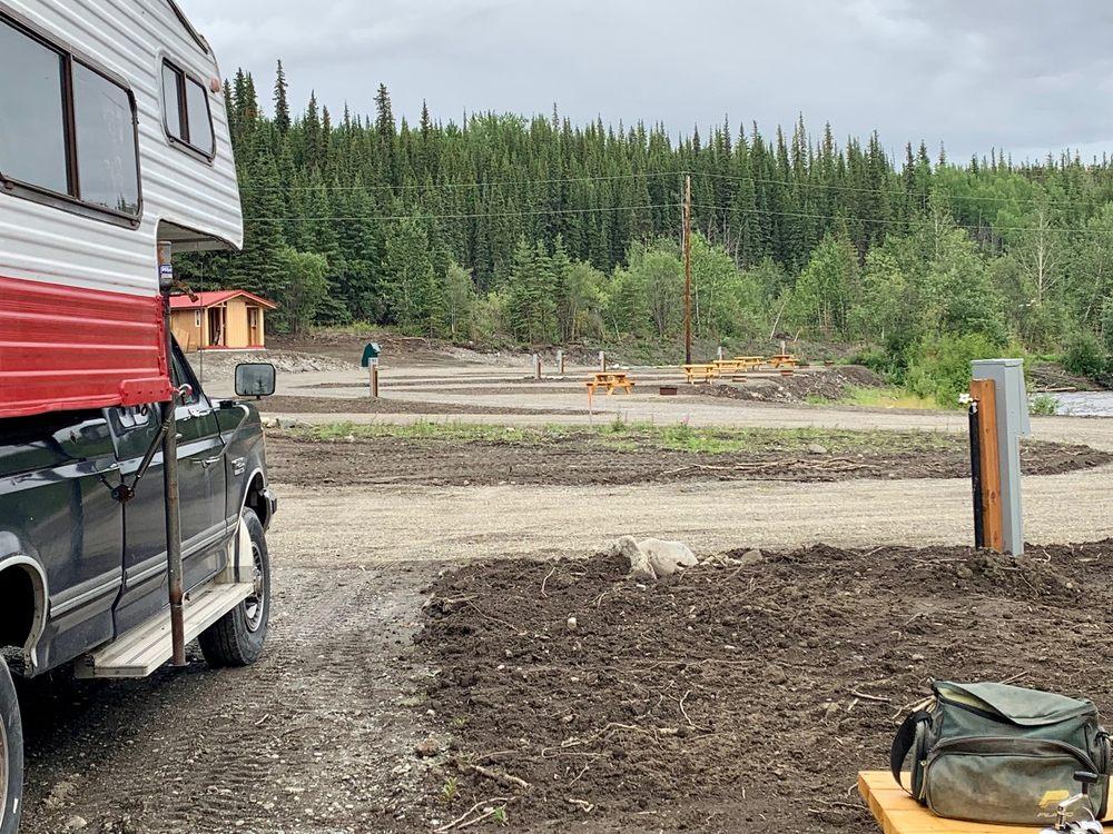 Ranch House Lodge & RV Camping: 173 Glenn Hwy, Glennallen, AK
