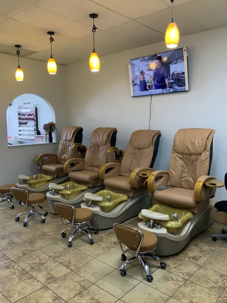 Escape Nails & Spa: 4131 S Broadway Ave, Tyler, TX