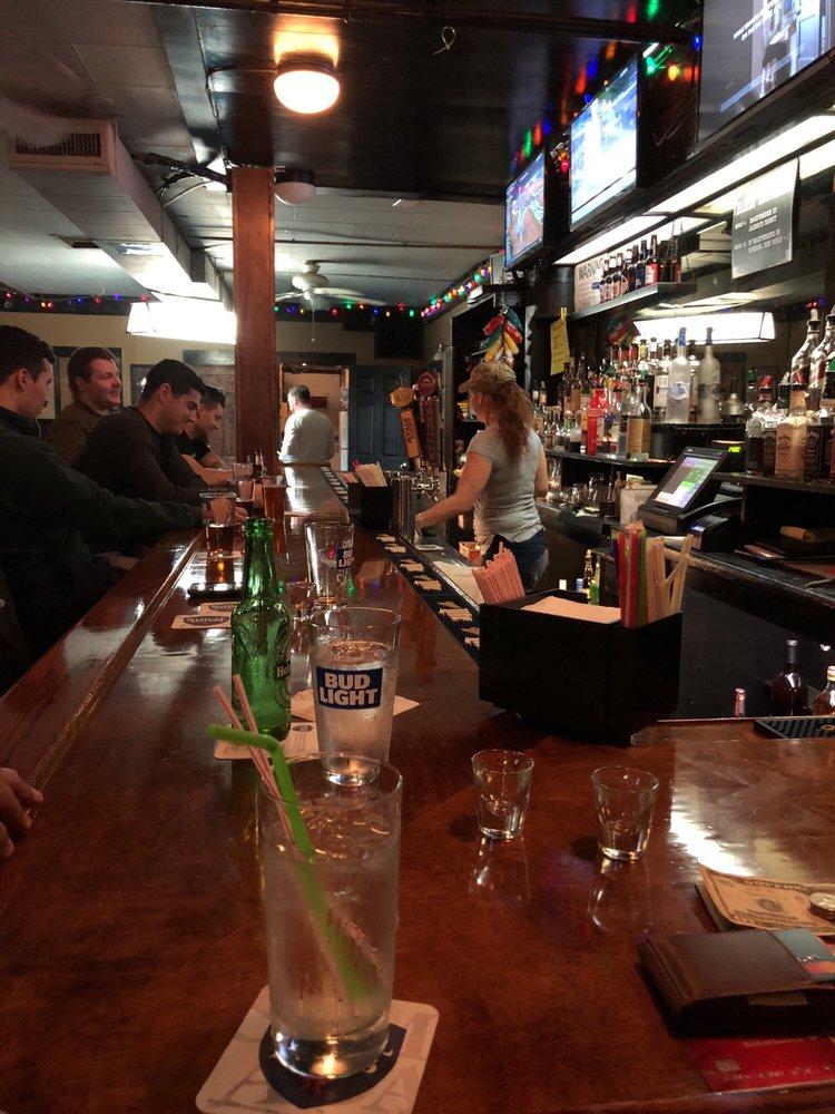 The Shore Thing Lounge: 144 Shore Rd, Port Washington, NY