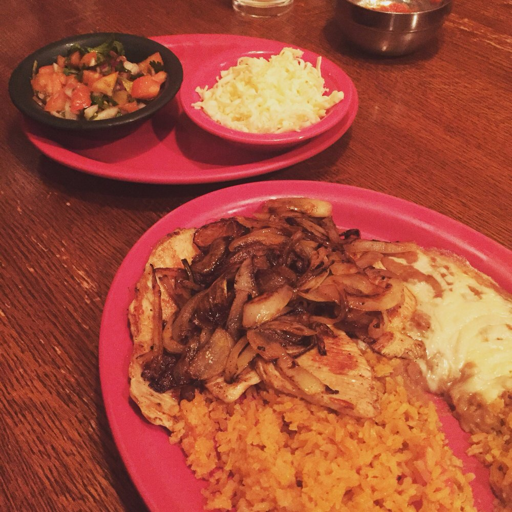 Montezuma Mexican Restaurant: 1495 Lincoln Way E, Chambersburg, PA