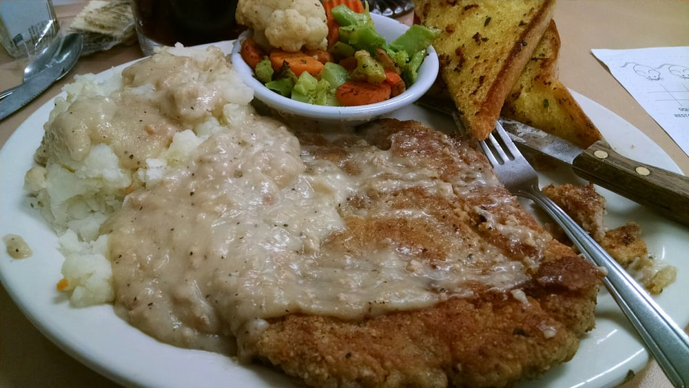 Squeeze-In Restaurant & Deck: 423 W Main St, John Day, OR