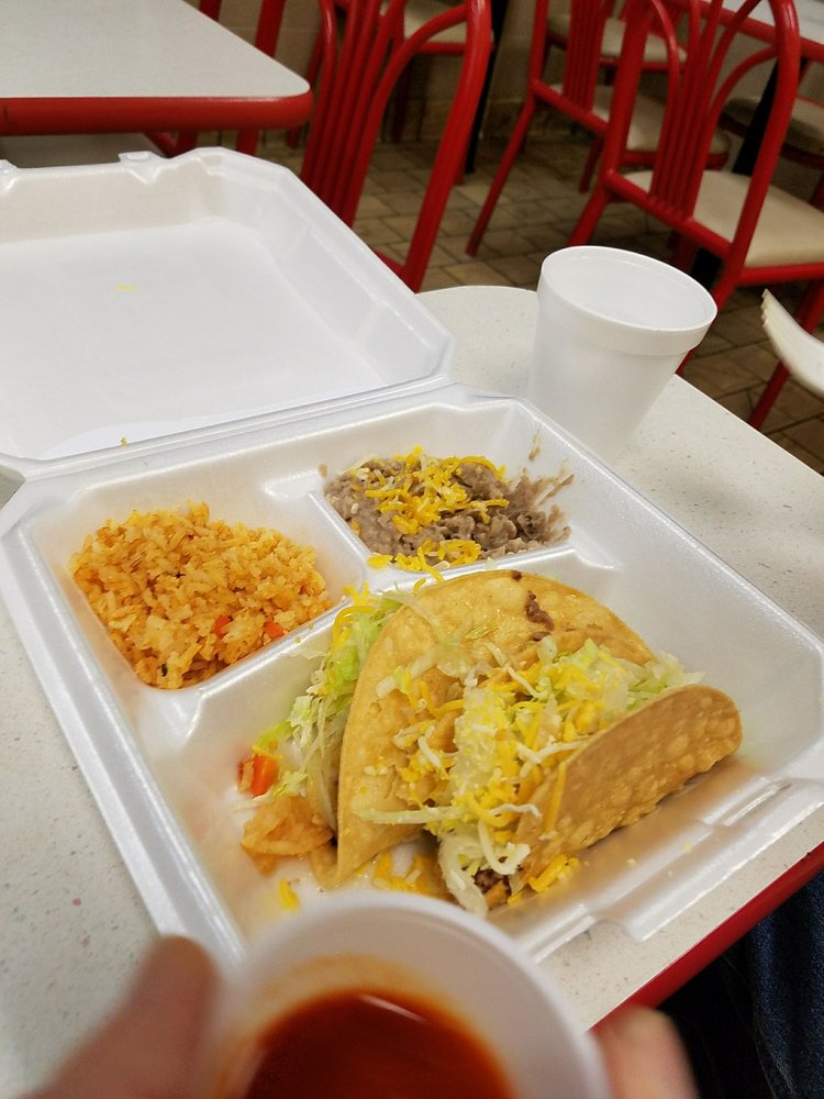Alfonso's Mexican Food: 412 Clayton Rd, Raton, NM
