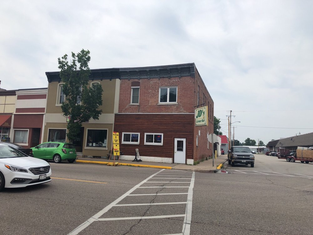 Corner Bar: 195 N Main St, Iola, WI